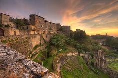 In giro per la #Toscana? Non potete non visitare #Volterra, ricca di storia e suggestiva! #tuscany