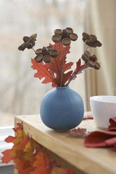 Blumenstrauß aus Eicheln