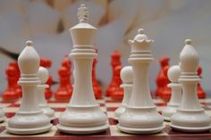 Stunning Contemporary Cream and Burnt Orange Chess Set - King Height 4.25 inch. Base Diameter 1.75 inch. 70g Triple Weighted.