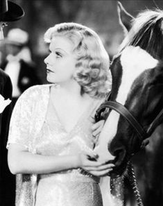 Jean Harlow in her last film Saratoga, 1937 ~ETS Hollywood Cinema, Old Hollywood Stars, Old Hollywood Glamour, Golden Age Of Hollywood, Classic Hollywood, Vintage Glamour, Vintage Hollywood, It's All Happening, Jean Harlow