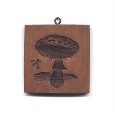 "Deeply carved mushroom with bee. Gift for a foodie or mushroom lover? One of 4 mushroom cookie presses. Also see M5524, M5525, M5526.  Actual Size: 3"" x 3"""