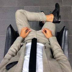 Show your style // city boys // mens suit // mens fashion // mens accessories // mens shoes // urban men // urban style //