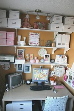 office nook...what a great idea for small spaces!