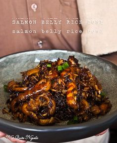 Waste Not: Salmon Belly Wholegrain Rice Pot That Is Also Good For You! Seafood Recipes, Dinner Recipes, Cooking Recipes, Healthy Grains, Healthy Eating, Clean Eating, Salmon Belly Recipes, Asian Recipes, Healthy Recipes