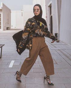 "5,843 Suka, 46 Komentar - Leena Ha (@leenalghouti) di Instagram: ""7 shades of Nude - @louboutinworld"" Modern Hijab Fashion, Muslim Fashion, Modest Fashion, Fashion Outfits, Modest Clothing, Modest Dresses, Modest Outfits, Casual Hijab Outfit, Hijab Chic"