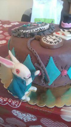Alenka v říši divù dort cake