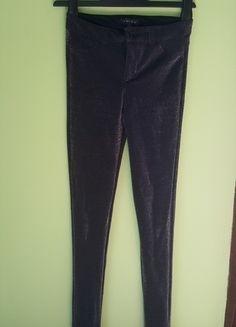 Kup mój przedmiot na #vintedpl http://www.vinted.pl/damska-odziez/rurki/14434091-spodnie-czarne-materialowe-srebrne-srebrna-nitka-jak-legginsy-roz-34-xs-new-yorker