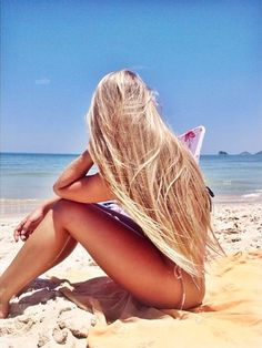 Reminds me of a young CA surfer girl