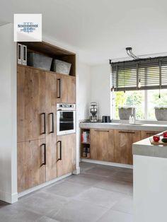 Kitchen Cabinetry, Kitchen Flooring, Kitchen Countertops, Kitchen Dinning, New Kitchen, Kitchen Decor, Modern Kitchen Design, Interior Design Kitchen, Küchen Design