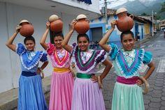 El Salvador Traditional Clothes.Traditional dance: Las comaleras