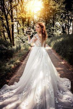 Casual Wedding, Wedding Groom, Wedding Attire, Wedding Day, Red Wedding, Gift Wedding, Boho Wedding, Rustic Wedding, Wedding Reception