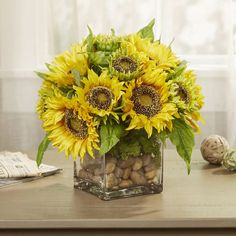 August Grove Enjoy vibrant blooms year-round with these faux florals, perfect for arranging into a gorgeous (and scent-free) centerpiece, or settling onto the nightstand for a splendid bedside vignette. Sunflower Floral Arrangements, Sunflower Vase, Sunflower Centerpieces, Peonies Centerpiece, Hydrangea Arrangements, Beautiful Flower Arrangements, Floral Centerpieces, Flower Vases, Beautiful Flowers