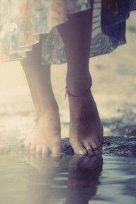 Känslan av att gå barfota på stranden