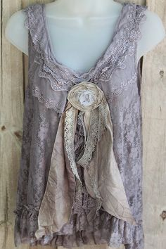 Love that idea of lace brooch