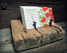 DIY Barn Wood Business Card Holder Rough Cut Weathered Wood Vintage Coffin Nails Naked or Stained - Bring Running Bug Farm To Your Home Wood Business Cards, Business Card Displays, Business Card Holders, Craft Business, Business Card Design, Creative Business, Craft Show Displays, Craft Show Ideas, Diy Cutting Board
