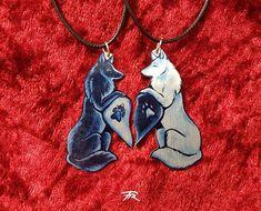 Black White Wolf Canine Dog Spiritual Duality Pair Bond Friendship Couple Valentine Metal Necklace P Bff Necklaces, Couple Necklaces, Friendship Necklaces, Couple Jewelry, Metal Necklaces, Wolf Necklace, Pendant Necklace, Yin Yang Wolf, Pokemon Mignon