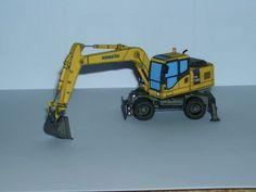 Komatsu PW180-7 Wheeled Excavator Free Vehicle Paper Model Download