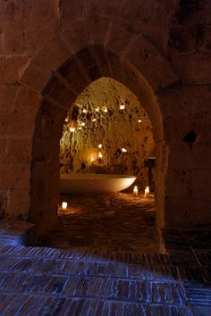 Basilicata Suite 21: http://www.sextantio.it/grotte-civita/esplora/?lang=it