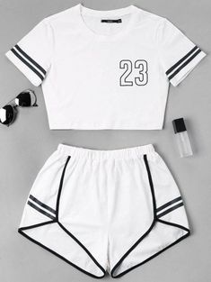 Contrast Binding Notch Shorts Two Piece Set – Mode für Frauen Girls Fashion Clothes, Teen Fashion Outfits, Swag Outfits, Outfits For Teens, Sport Outfits, Girls Sports Clothes, Preteen Fashion, Style Clothes, Fashion Fashion