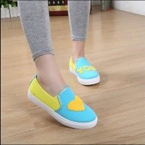 Large size shoes candy coloration mouth canvas shoes female Korean retro casual shoes white shoes couple shoes student shoes USD $ $8.57