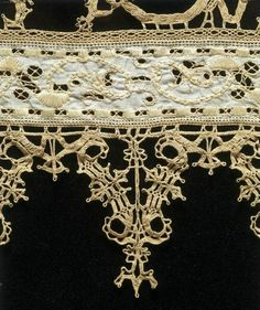 Linen with cut-work and bobbin lace from 16th C Italy, Victoria and Albert Museum.