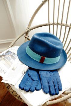 L'homme en bleu #chapeau // The man in blue #hat -- #lacerisesurlechapeau