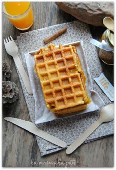 waffle sweet potato make these as pancakes! Veggie Recipes, Sweet Recipes, Cooking Recipes, Crepes And Waffles, Pancakes, Food Truck, Cooking Time, Food For Thought, Food Porn
