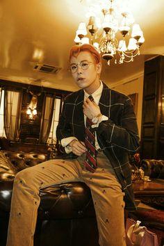 He kills me 😍😍😭😭 Vixx, Bbc, Po Block B, Pyo Jihoon, King Bee, B Bomb, Fandom, Boy Models, Baby Blocks