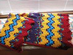 Ravelry: TeaTrekkie's Autumn in Spring (March 2014 Afghan), variegated blanket ripple design