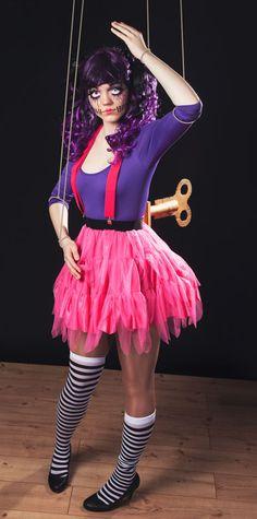 """Halloween Make-up-Tutorial """"Horror Doll"""" mit Schmink- und Bastelanleitung für den Aufziehschlüssel."""