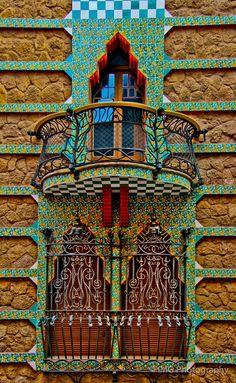 Detalle de la Casa Vicens. Immagine © Ian Gampon [Flickr], bajo Licencia CC BY-ND 2.0