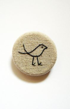 Bird Brooch sparrow pin badge hand embroidery on by edwardandlilly - could do this with fabric covered buttons Embroidery Designs, Hand Embroidery, Embroidery Jewelry, Felt Brooch, Fabric Brooch, Embroidered Bird, Brazilian Embroidery, Brooches Handmade, Handmade Design