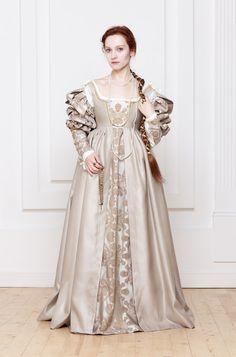 Renaissance Italian woman dress 15th 16th century by RoyalTailor