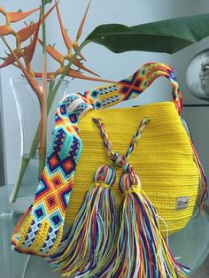 DESCRIPTION This beautiful backpack woven by hand by Mexican Artisans in Ma .- DESCRIPCION Este hermoso Morral tejido a mano por Artesanos Mexicanos en zona Ma… DESCRIPTION This beautiful backpack woven by hand by Mexican Artisans in the Maya ar Custom Tote Bags, Tote Bags Handmade, Tapestry Crochet, Knit Crochet, Mochila Crochet, Micro Macramé, Summer Bags, Embroidery Techniques, Knitted Bags