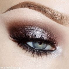 My oh my!  Just one look at this stunning creation by @katienovamakeup and you'll be smitten with silver (and brown)! This combination of Makeup Geek signature and foiled eyeshadows will look great on just about anyone. She used the following: ✖️ Mocha (crease) ✖️ Creme Brûlée (crease) ✖️ Mesmerized (inner & outer thirds) ✖️ High Wire (center of the lid)  P.S. - Tomorrow's Friday...yay!  #makeupgeekcosmetics #teamMUG #makeupgeek