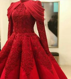 Red Kleid Mode - Beauty is Art Elegant Dresses, Pretty Dresses, Beautiful Dresses, Formal Dresses, Dresses Dresses, Dress Outfits, Fashion Dresses, Dress Up, Hijab Dress