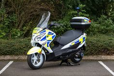 The Metropolitan Police are doing their bit to tackle toxic emissions in the nation's capital by trialling a fleet of seven hydrogen-powered Suzuki Burgmans. The trial began Monday this week and will