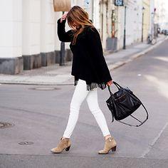 Nina @ www.helloshopping.de - Patrizia Pepe Cardigan, Zara Jeans, Balenciaga Bag, Ash Footwear Ankle Boots - #That Fringes Moment (again!)