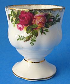 Royal Albert Eggcup Old Country Roses Egg Cup English