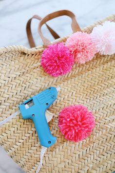 how to make a pom pom beach tote