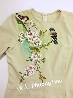 Saree Painting, Dress Painting, T Shirt Painting, Fabric Painting, Fabric Paint Shirt, Hand Painted Sarees, Hand Painted Fabric, Painted Jeans, Painted Clothes
