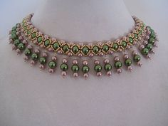 Vintage Olivine and Champagne Pearl Beadwork Necklace Choker