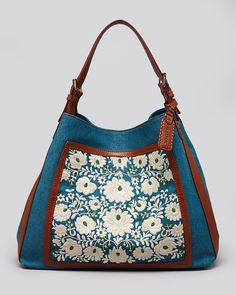 Bag with a cute mexican embroidery