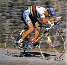 Quem precisa de regime quando tem uma magrela ...!!!! Visit us @ http://www.wocycling.com/ for the best online cycling store.