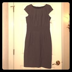 NWT Rafaella Studio Charcoal Dress NWT beautiful charcoal grey dress by Rafaella Studio. Really flattering and never worn! Open to offers! Rafaella Dresses Midi