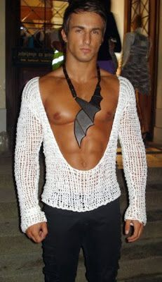 When Bad Fashion Happens To Hot Male Models lol rofl Bad Fashion, Fashion Fail, Fashion Trends, Mens Fashion, Backless Top, Male Models, Cool Outfits, Shit Happens, Couture