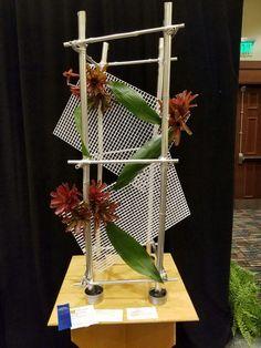 Flower Frame, Flower Art, Silk Flowers, Paper Flowers, Modern Floral Design, Modern Flower Arrangements, Club Design, Arte Floral, Flower Show