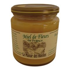 Creamy, fragrant with multiple grades, it reflects the many flower meadows of France.  Perfect for toasts, making gingerbread and the majority of cooked where honey has its place.    Honey harvested in France.