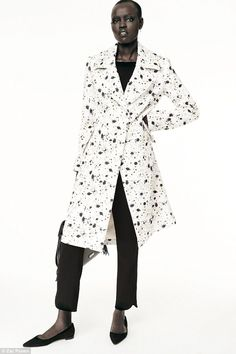 Speckled: This monochrome pattern took its inspiration from spotted quail eggs