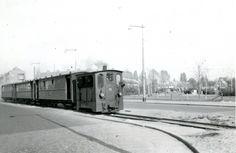 Groene Hilledijk, op de achtergrond de Groenezoom. Foto: Bonthuis uit 1953.